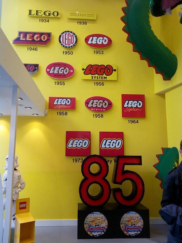 Επίσκεψη στο official Lego Store Copenhagen! 24916409957_72ce27e51a_c