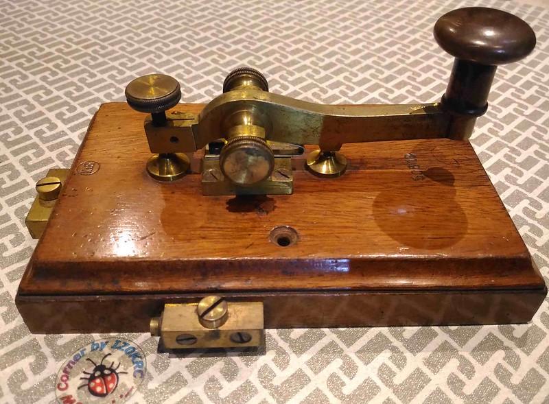 Kapsch & Shone Camelback key 4
