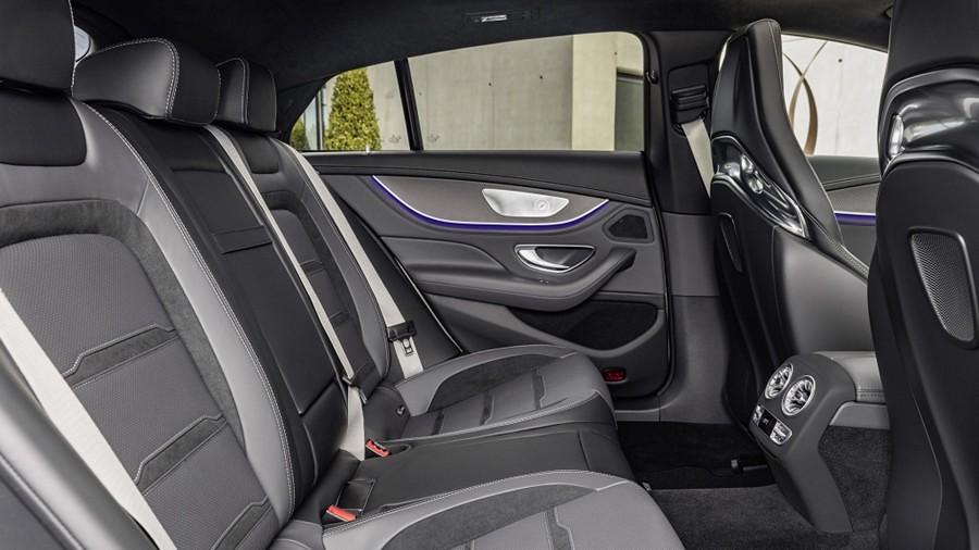 Mercedes-AMG GT 4 3