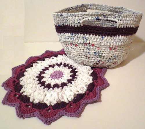 Mulberry Plarn Gift Basket