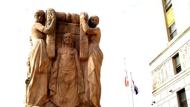 Episode 6 (7) Statue 2