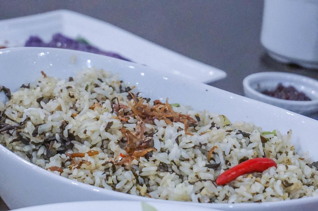 Mangan Restaurant Hey its Chel