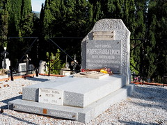 Tomba de Pompeu Fabra al cementiri de Prada de Conflent