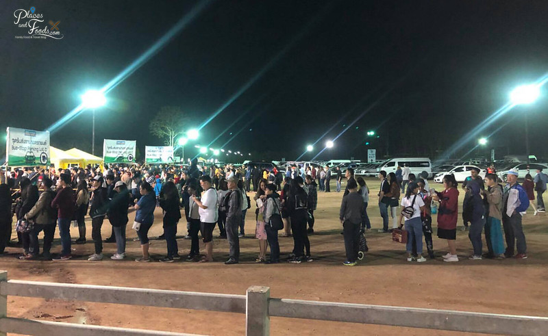 singha park hot air balloon 2018 queue tuk tuk