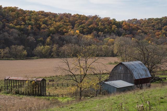Barn Landscape 1s