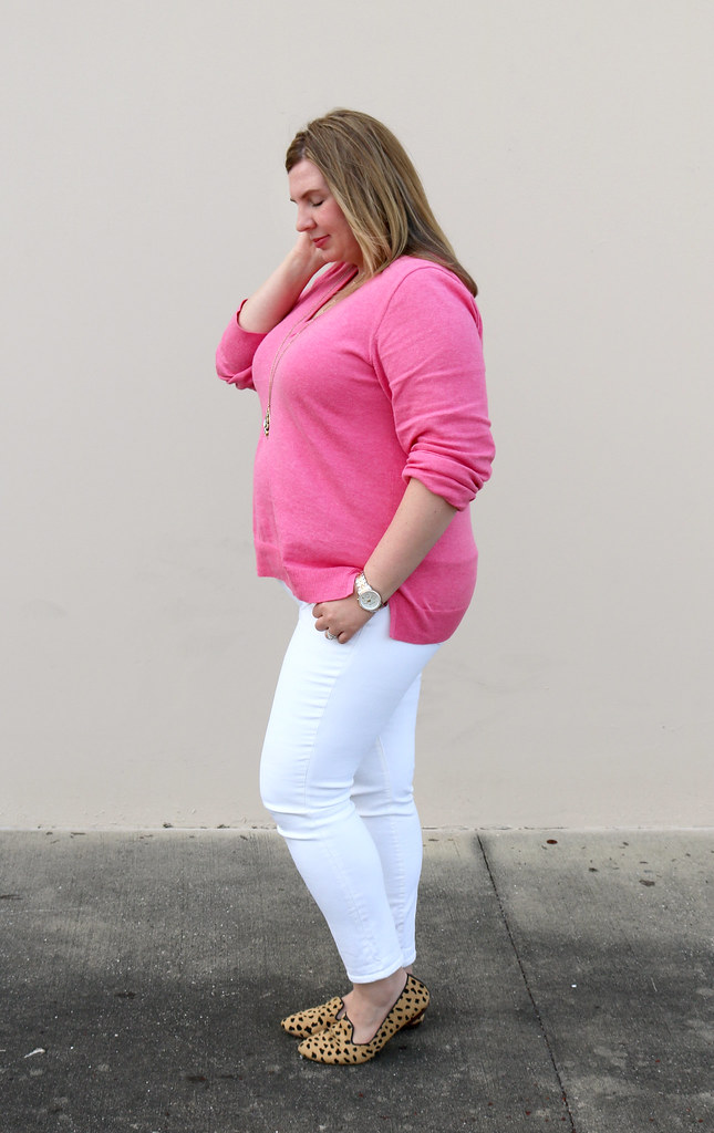 pink sweater, white jeans and leopard loafers 6
