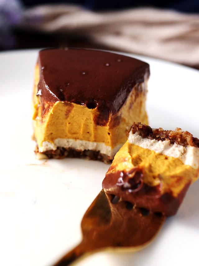 純素巧克力南瓜乳酪蛋糕 vegan-chocolate-pumpkin-cheesecake (8)