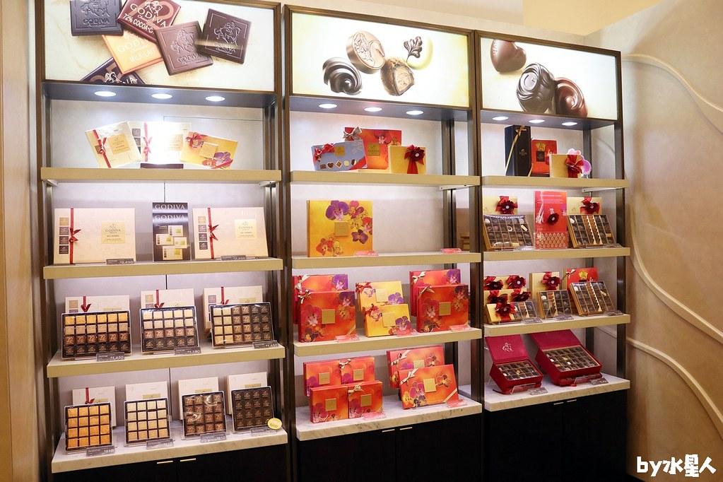 39063133334 34e20cd1be b - GODIVA抹茶巧克力霜淇淋首賣,台中大遠百店期間限定