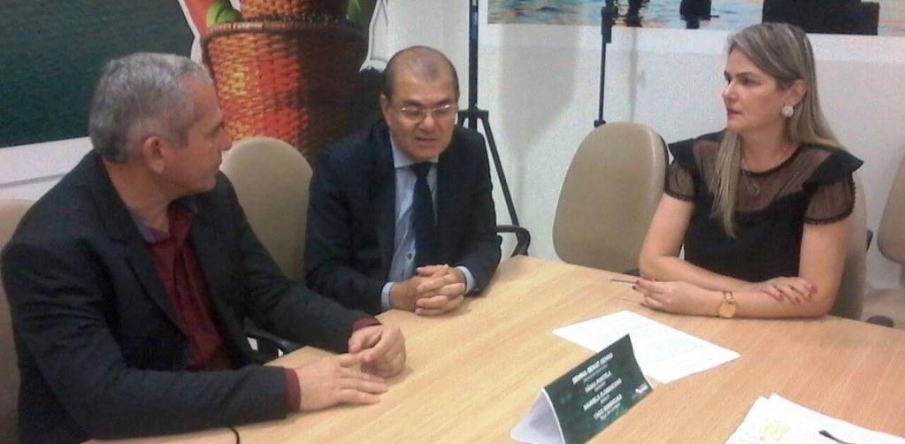 Prefeito Nélio Aguiar assina adesão de Santarém ao Simples Ambiental , Simples Verde - adesão