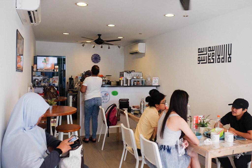 lina's cafe DSCF1123