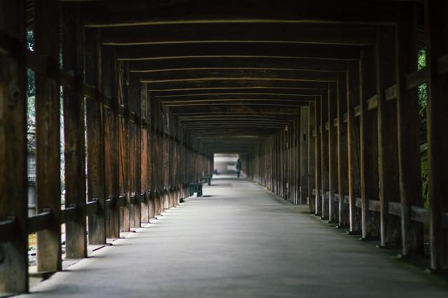 Wooden Passage 廻廊, RICOH PENTAX K-3 II, smc PENTAX-FA 77mm F1.8 Limited