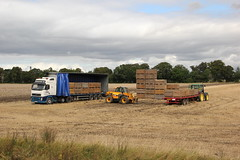 FJL Chantry Being loaded with Potatoes 1st Sept 2014