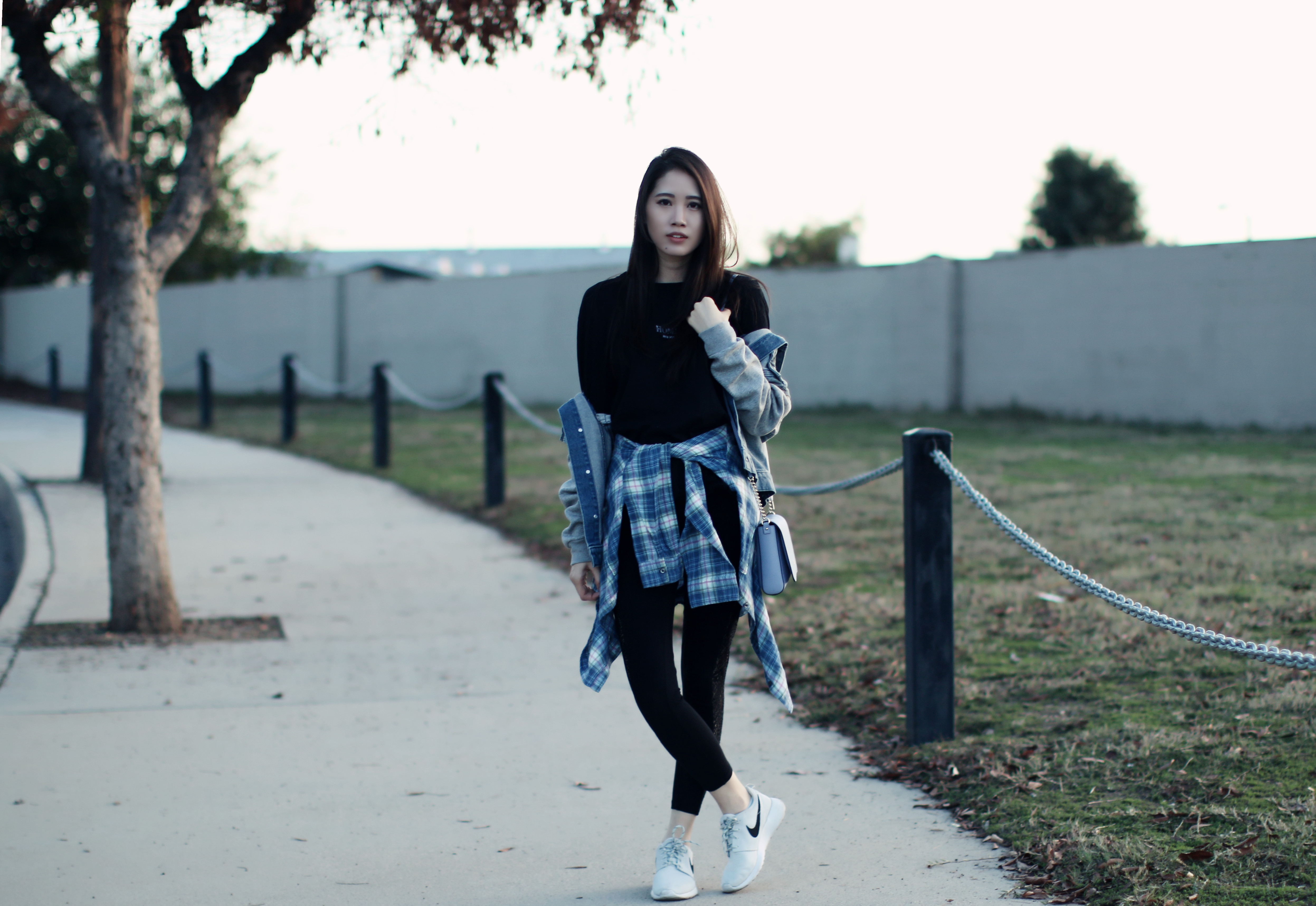 4319-ootd-fashion-style-outfitoftheday-wiwt-streetstyle-urbanoutfitters-hm-f21xme-nike-elizabeeetht-clothestoyouuu
