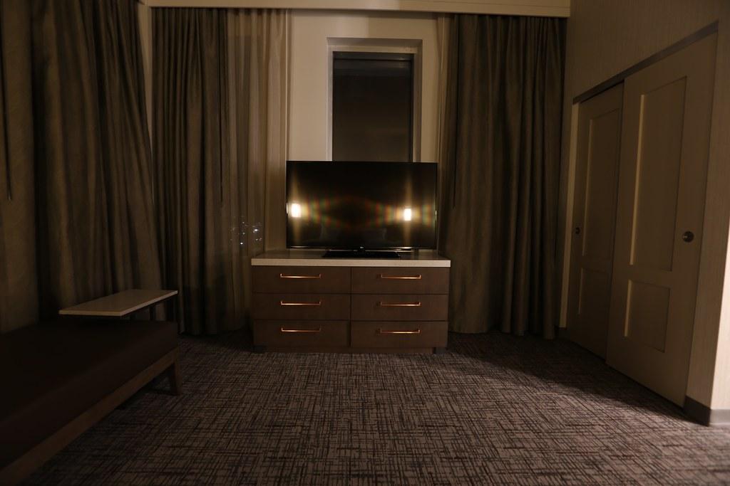 Hilton H Hotel LAX 29