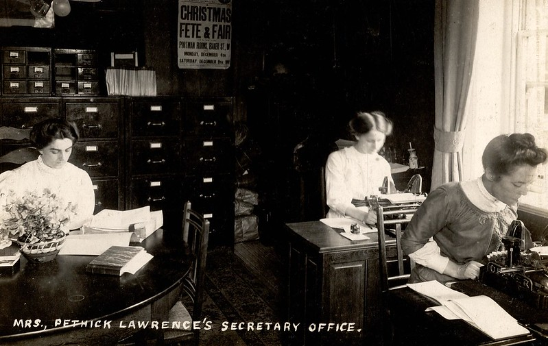 WSPU offices at Clement's Inn, 1911. Credit: LSE Library