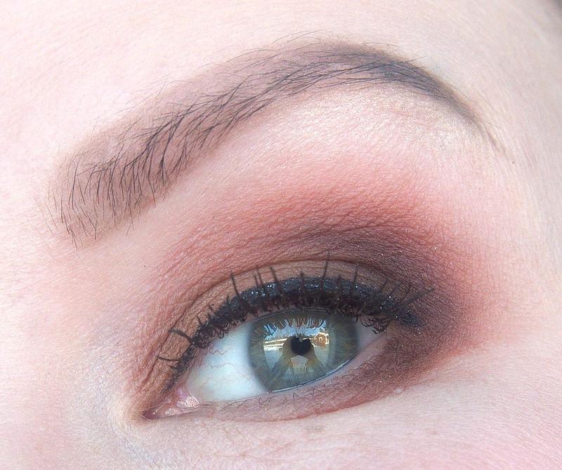 meikki vihreät silmät