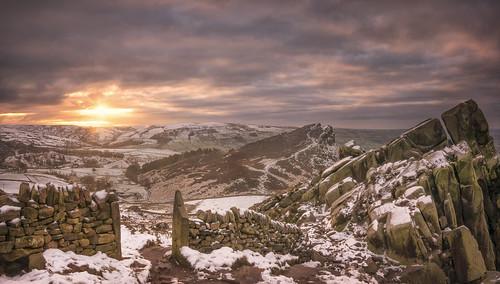 theroaches roaches hencloud staffordshire thepeakdistrict snow winter landscapephotography england uk landscapes sunrise nikon