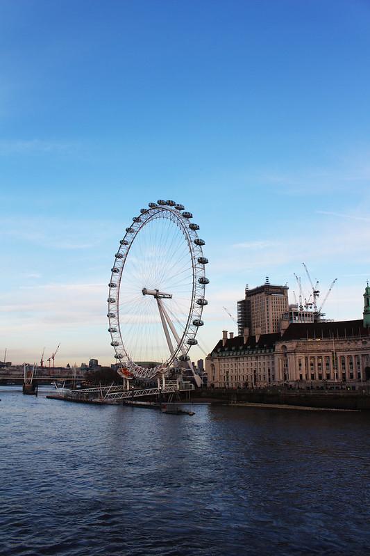 london eye ans the Thames
