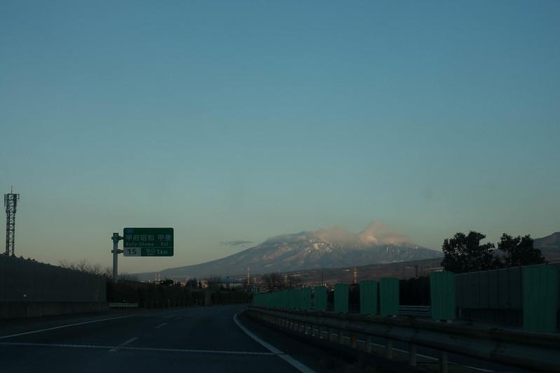 中央自動車道から見る八ヶ岳