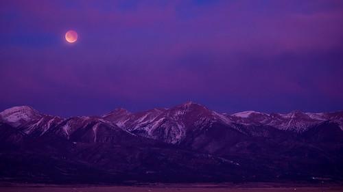 lunareclipse supermoon bloodmoon bluemoon westcliffe colorado co nikond600 nikonafnikkor80200mmf28d