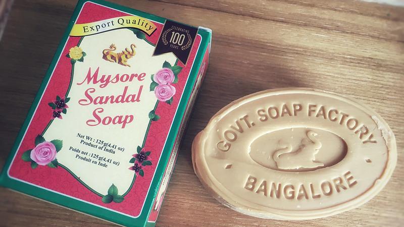 マイソールサンダルソープ。-Mysore Sandal Soap