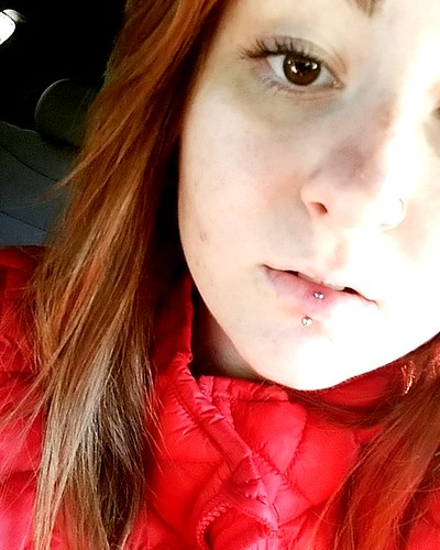 My vertical labret lip piercing !