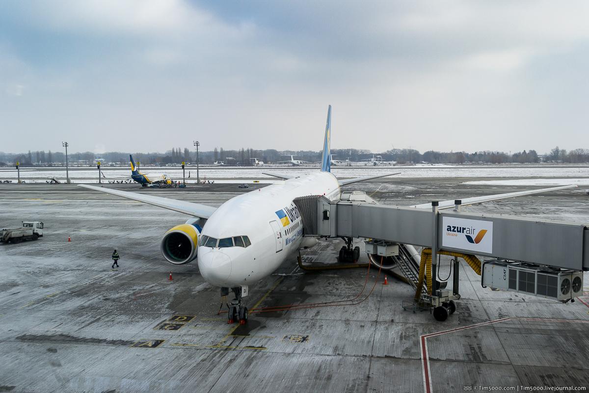 Первый Boeing 777-200ER МАУ UR-GOA