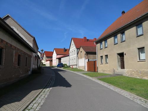 20170601 05 047 Regia Ottmannshausen Hausfassaden Straße