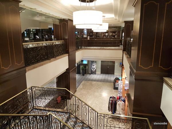 Le Centre Sheraton Montreal Hotel lower level