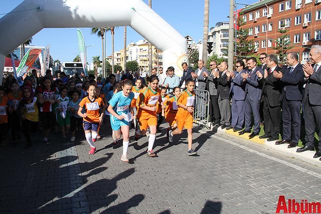 Öğrenciler Atatürk için koştu -3