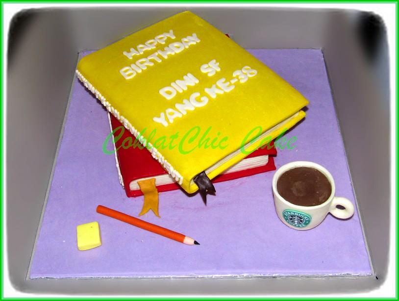 Cake Buku Dini SF 20 cm