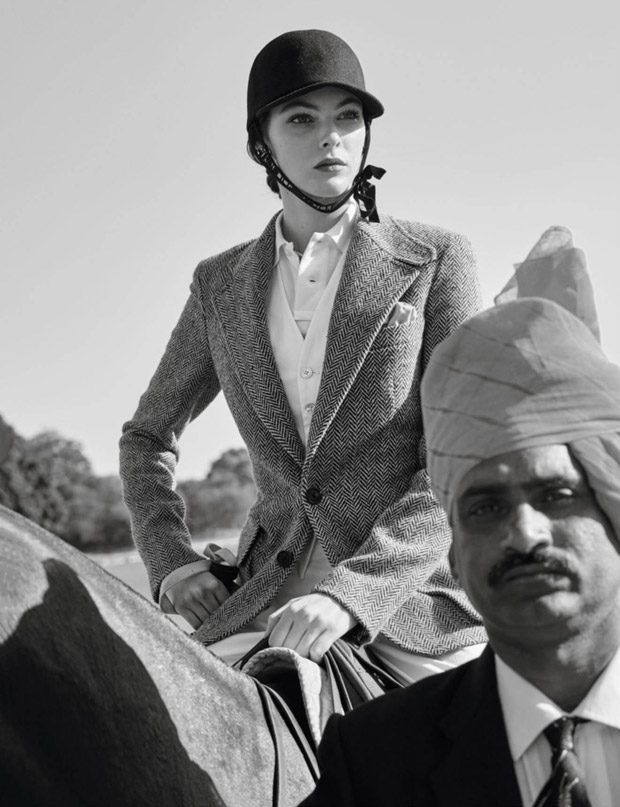 Vittoria-Ceretti-Vogue-Paris-Mario-Testino-05-620x807
