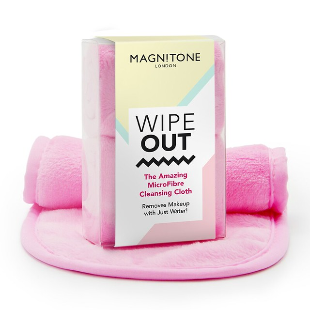 Magnitone_London_WipeOut__The_Amazing_MicroFibre_Cleansing_Cloth_x_2_1507285173