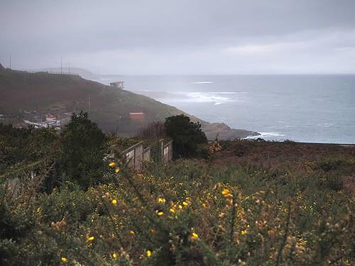 Contrastes. Probando #darktable. #olympus #Coruña #portiño #winter #ocean #photography