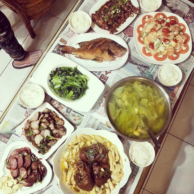 20180221 我又回娘家蹭飯了 哇哈哈哈 #女兒們最愛的娘家 #葛媽媽ㄟ灶腳