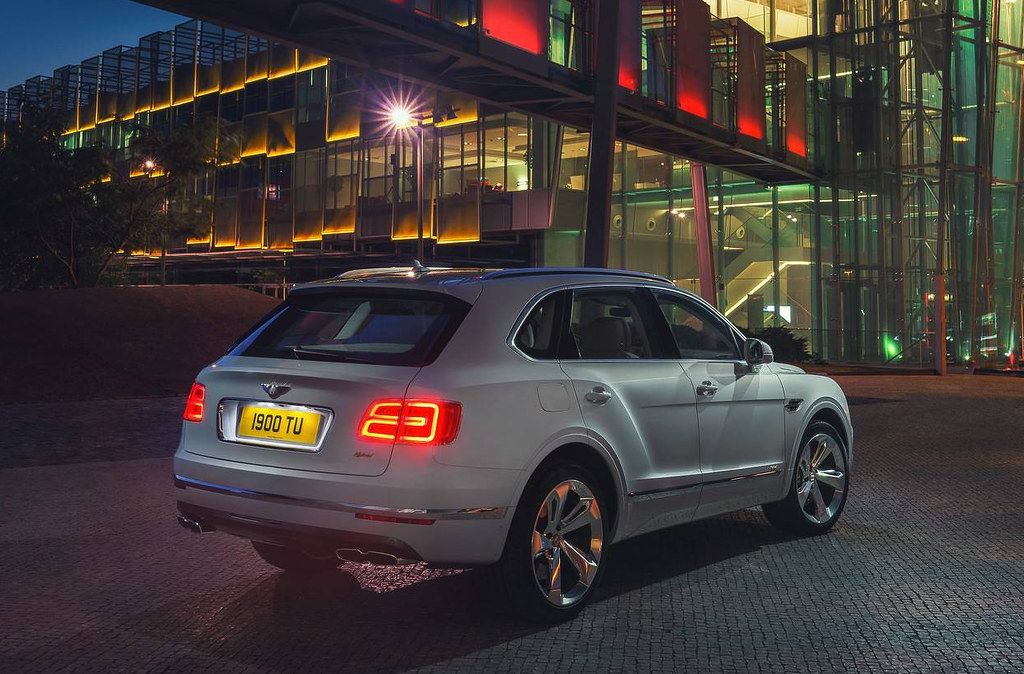2019-bentley-bentayga-hybrid (1)