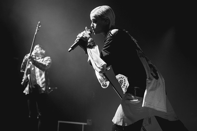 TONIGHT ALIVE-38
