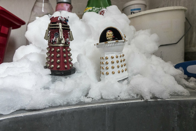 daleks and snow, Sony DSC-RX10M2, 24-200mm F2.8