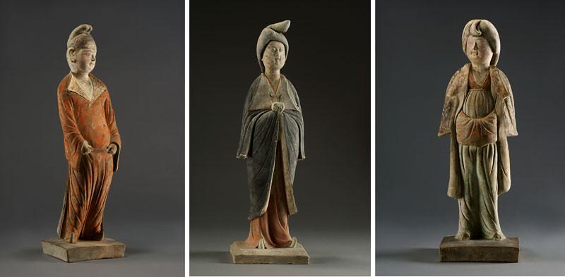 《加彩女俑》(730年、甘粛省慶城県穆泰墓出土、慶城県博物館蔵)