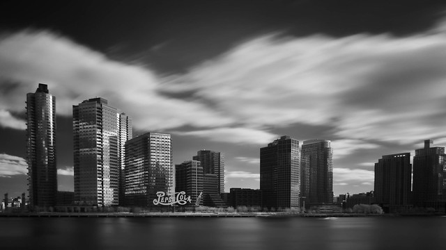 Long Island City Skyline, Panasonic DMC-GH3, Lumix G 14mm F2.5 Asph.