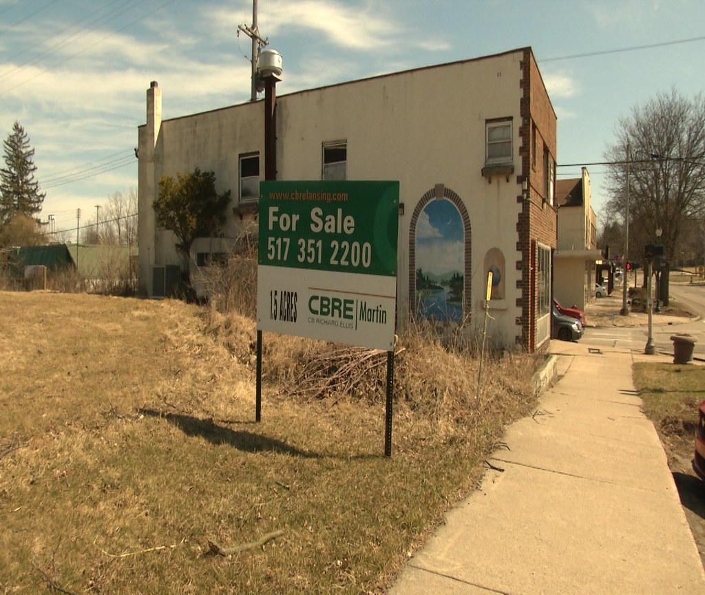 Meridian Township Board to Fine Owners of Vacant Buildings