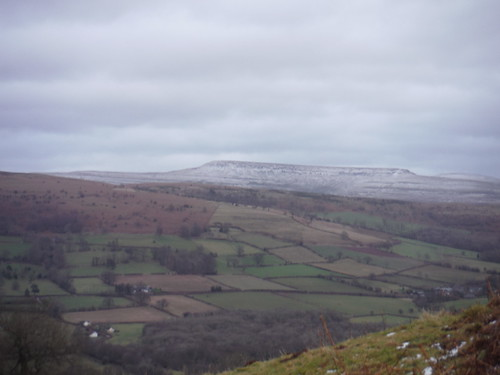 The Black Mountains from Allt yr Esgair: Pen Cerrig-calch to Pen Allt-mawr