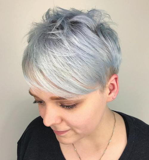 +20 Best Cute Looks with Short Hairstyles for Round Face 5