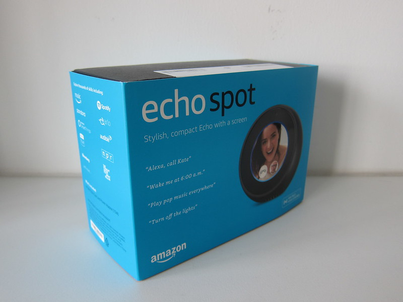 Amazon Echo Spot - Box