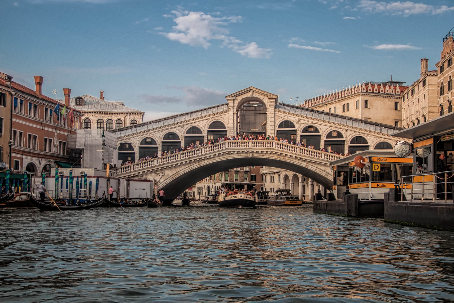 Carnaval de Venecia, Italia carnaval de venecia - 26495360358 1eaa7ca642 o - Carnaval de Venecia : la historia y elegancia toman la calle