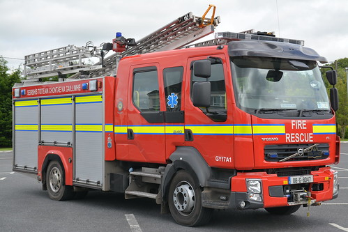 Galway County Fire Service 2008 Volvo FLL240 Browns WrL 08G8047