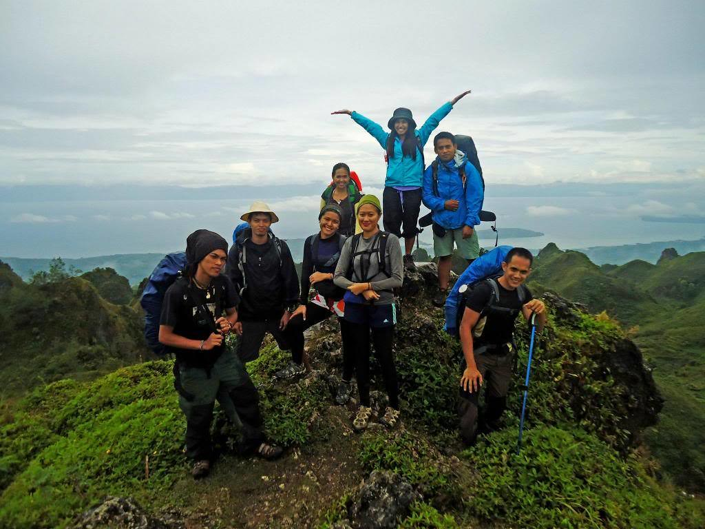 Osmeña Peak group photo