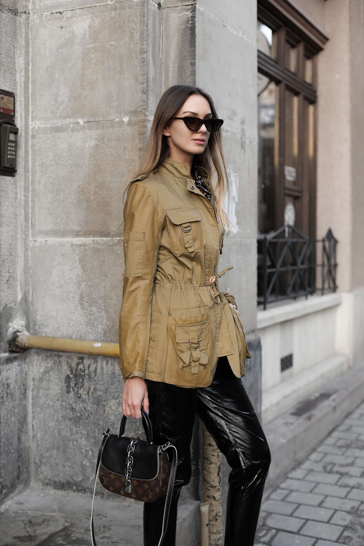 utility-jacket-street-style