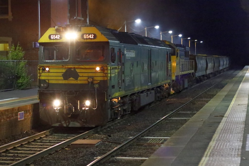 G542 'Warracknabeal', XR553 9056 by Greensleeves.94