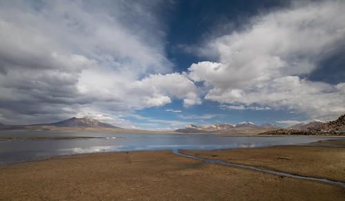 lago chungará chile altiplano wide angle clouds lake